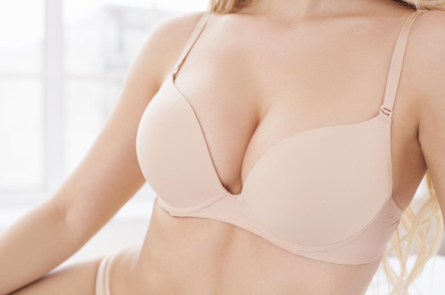 Hoe kies ik het geschikte implantaat voor een borstvergroting?